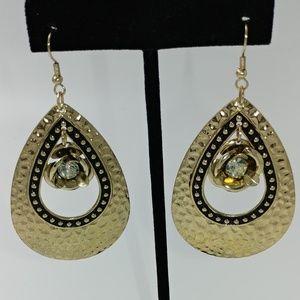 NWT TeSori Hammered Metal Dangle Earrings